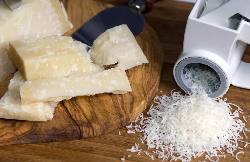 3-FoodPrep_Cheese-1024x663